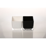 Glass10x10 black white